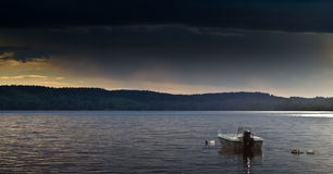 Boat on picturesque lake Royalty Free Stock Photography