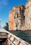 Boat and rock. Boat sailing to phi-phi island near phuket, thailand Royalty Free Stock Photography