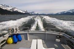Boat sailing on ocean Royalty Free Stock Photos