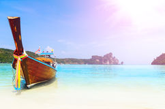 Boat, sea and cliffs Royalty Free Stock Images