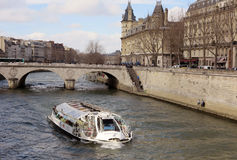 Boat on Seine Royalty Free Stock Photography