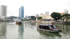 Boat on Singapore River Royalty Free Stock Photography