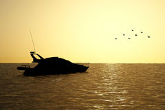 Boat in the sunset illustration Royalty Free Stock Photo