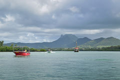 Boat transfer arriving from Mauritius to Ile aux Cerfs Stock Images