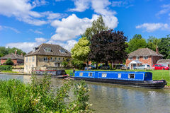 Boat trip in Hungerford. BERKSHIRE,ENGLAND-AUGUST 3,2016 :  Popular boat trip in summer under a clear blue sky in Hungerford Stock Photography