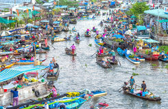 Boat trips up and down on the floating market Stock Photos