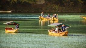 Boates in Katsuragawa River at Arashiyama in Kyoto Stock Photo