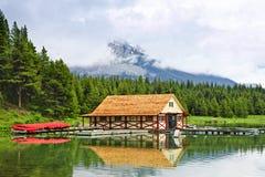 boathouse βουνό λιμνών στοκ φωτογραφίες