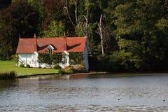 Boathouse del inglés del Victorian imagen de archivo libre de regalías