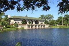 Boathouse e lago bonitos Foto de Stock