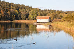 Boathouse en automne Image stock