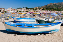 Boats on beach in summer day, Sicily Royalty Free Stock Photography