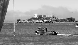 Boats Churn Bay Water Fisherman's Wharf Alcatraz Island San Francisco Stock Photos