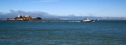 Boats Churn Bay Water Tug Boat Ferry Alcatraz Island San Francisco Royalty Free Stock Photos