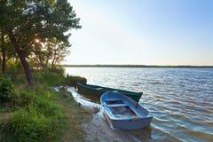 Boats Near The Summer Lake Shore Royalty Free Stock Photos