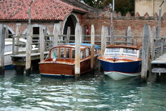 Boats  parking in Venice Stock Photography