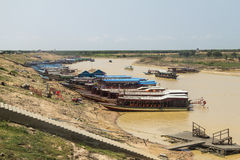 Boats at the pier, Tonle Sap lake in Cambodia Stock Photos