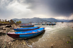 Boats at Pokhara lake Royalty Free Stock Photos