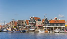 Boats at the quay of Volendam Stock Photography