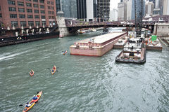 Boats Riding on Chicago River Royalty Free Stock Photos