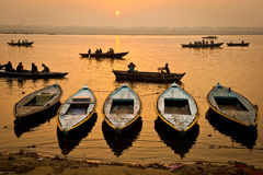 Boats in the sunrise - Varanasi, India Royalty Free Stock Images