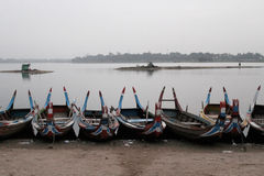 Boats for tourists at Taungthaman Lake royalty free stock photos