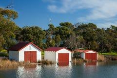 3 Boatsheds em Anglesea na grande estrada do oceano em Victoria Aust Fotografia de Stock Royalty Free