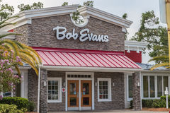 Bob Evans Restaurant Storefront. A Bob Evans restaurant specializing in sit down and commercial grocery supplier Royalty Free Stock Photo