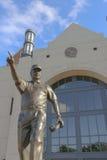 Bobby Bowden Statue på FSU Royaltyfri Foto