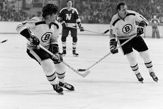 Bobby Orr och Wayne Cashman, Boston Bruins arkivbilder