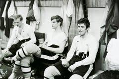 Bobby Orr que se sienta en el vestuario de los Bruins Imágenes de archivo libres de regalías