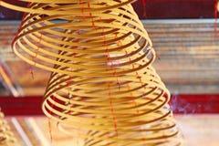 Bobina del incienso en un templo chino Foto de archivo