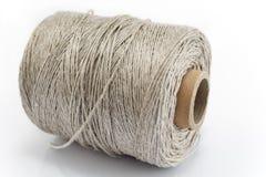 Bobina della corda isolata su bianco Immagini Stock