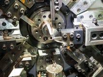 Bobina di CNC che sporing facendo macchina Fotografia Stock Libera da Diritti