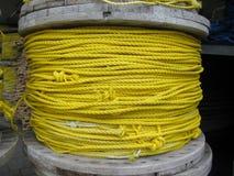Bobina gialla della corda Fotografie Stock Libere da Diritti