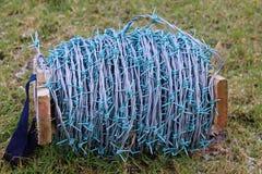 Bobina grande del alambre de púas Imagen de archivo libre de regalías
