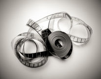 Bobina svolta di film di 35mm in in bianco e nero d'annata Fotografia Stock Libera da Diritti