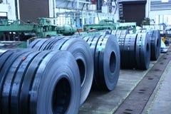 Bobinas Slitted armazenadas para a fabricação   fotografia de stock