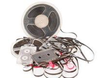 Bobine audio magnétique de vintage avec des cassettes Photo stock