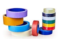 Bobine dei del nastri adesivi colorato multi per vari scopi sul whi Fotografia Stock Libera da Diritti