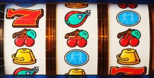 Bobine di corrispondenza sulle slot machine Fotografia Stock Libera da Diritti
