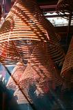 Bobines d'encens, dans un temple chinois Photos libres de droits