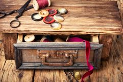 Bobines et boutons de fil Images stock