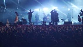 Bobruisk Białoruś, Lipiec, - 6, 2018: koncert Bi-2 zespół przy B2 fest zbiory wideo
