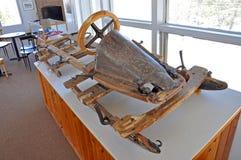 Bobsled antiguo en el museo olímpico de Lake Placid, los E Fotografía de archivo libre de regalías
