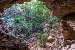 Boca da caverna fotos de stock