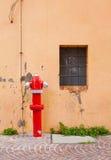 Boca de incêndio de fogo da rua Fotografia de Stock Royalty Free