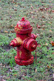 Boca de incêndio de incêndio antiga Fotografia de Stock Royalty Free