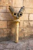 Boca de incendios amarilla en la ciudad vieja de Jerusalén, Israel Fotografía de archivo libre de regalías
