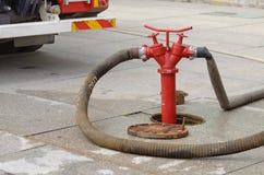 Boca de incendios - un dispositivo para muestrear el agua Fotografía de archivo